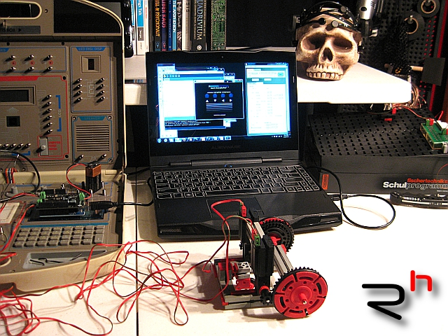 FBLR mind-Controlled Robot